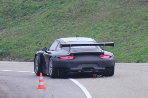 Voici la future Porsche 911 GT3-R...