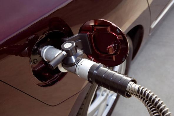 Pour la Honda FCX Clarity, la Home Energy Station IV : la solution de ravitaillement à domicile