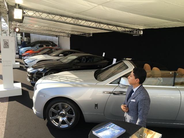 Les voitures de luxe : un classique à Monaco - Vidéo en direct du Salon de Monaco 2017