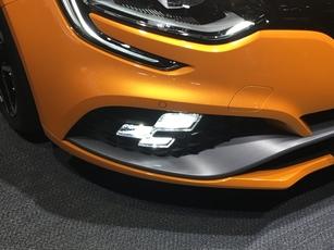 Renault Mégane RS : le retour de la tueuse - Vidéo en direct du salon de Francfort 2017