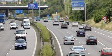 Stations-service d'autoroute : le pays où la vie est plus chère (vidéo)