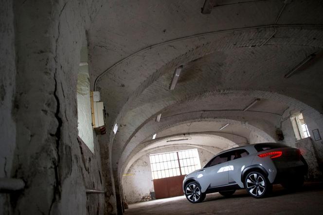 Toutes les nouveautés de Genève 2014 : Hyundai Intrado concept, futur concurrent du C4 Cactus ?
