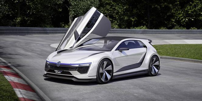 w rthersee 2015 volkswagen golf gte sport concept hybride et radicale. Black Bedroom Furniture Sets. Home Design Ideas