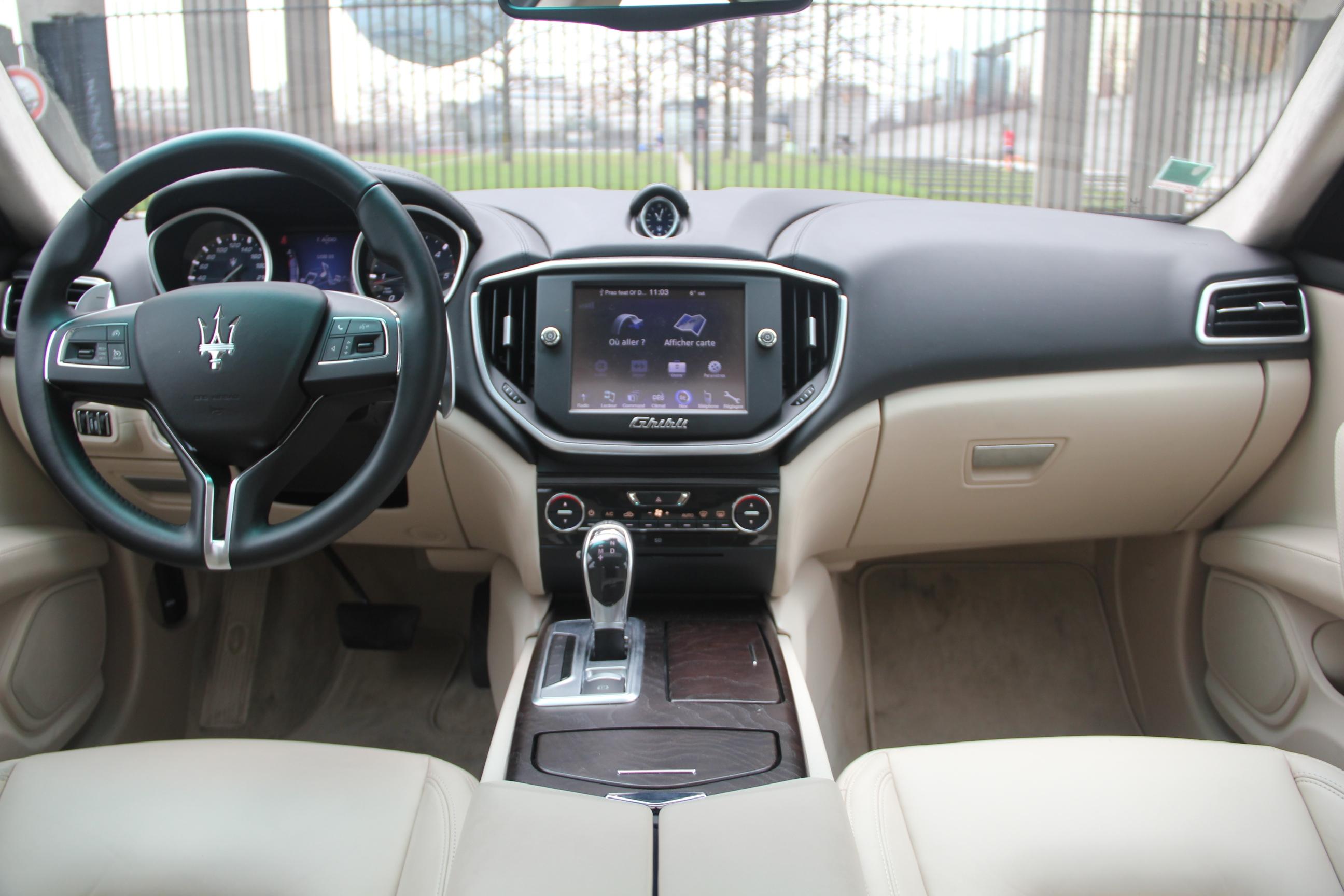 http://images.caradisiac.com/images/2/6/5/3/92653/S0-Essai-video-Maserati-Ghibli-arme-de-conquete-314367.jpg