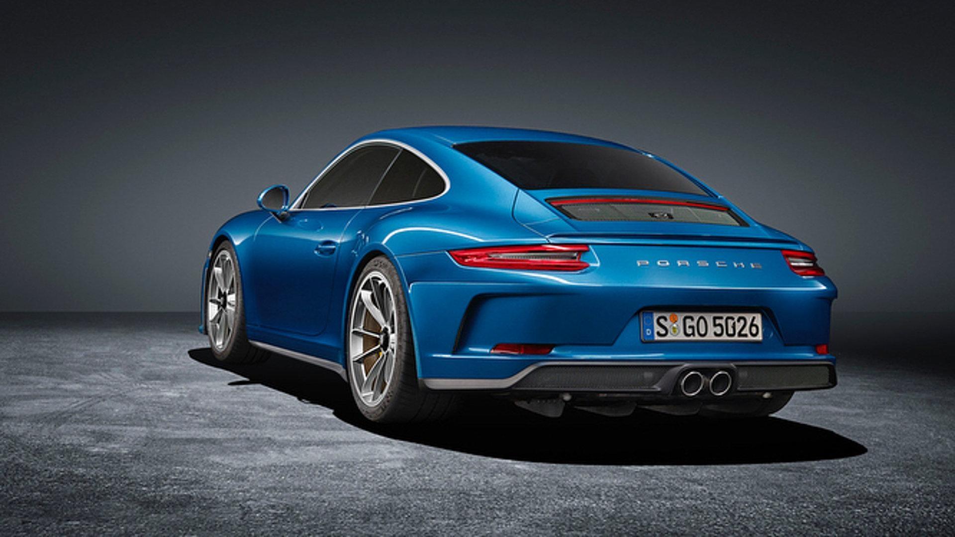 Une méchante GT3 en tenue de ville — Porsche