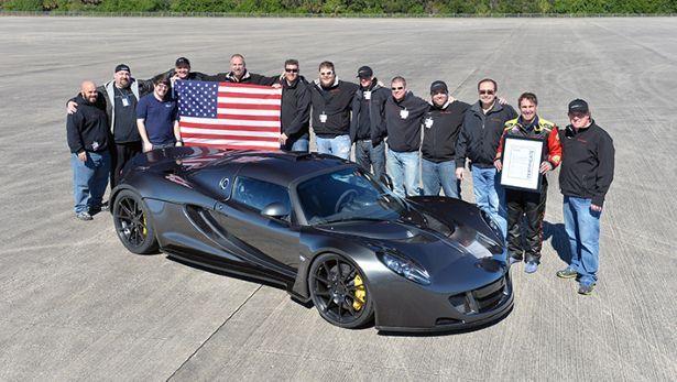 La Hennessey Venom atteint 435.31 km/h, elle bat la Bugatti Veyron SS mais pas officiellement