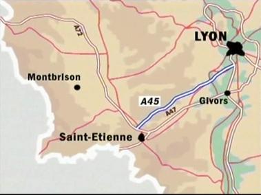 François Fillon : l'ouverture à la circulation de l'A45 se fera comme prévue en 2015
