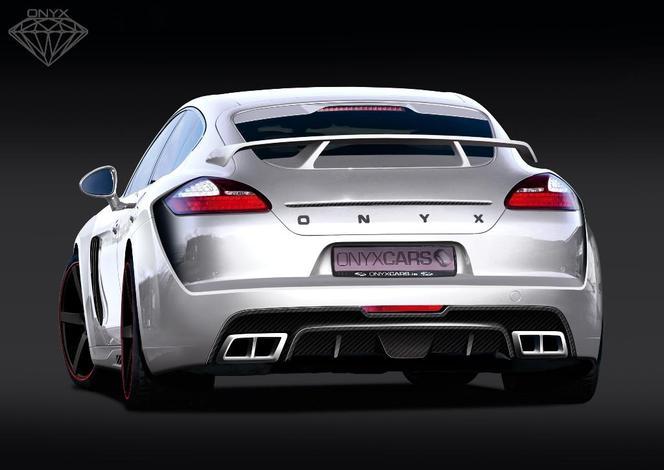 Porsche Panamera Onyx GST Edition: eh non, ce n'est pas un fake