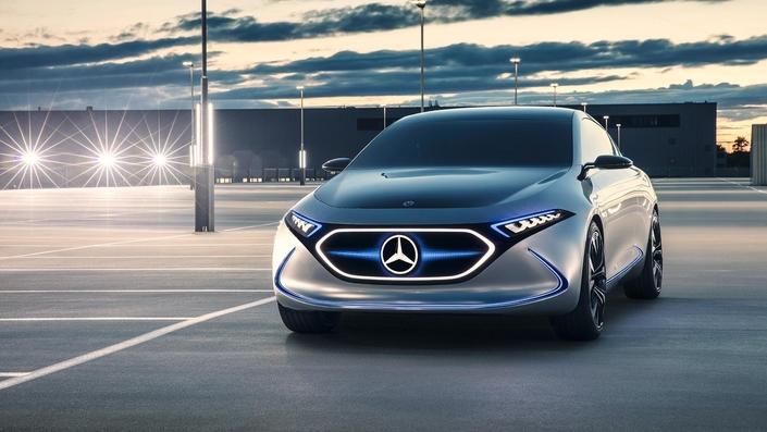 Salon de Francfort 2017 : Mercedes dévoile le concept EQA