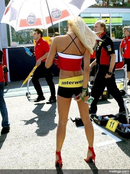 Les filles du paddock : GP de San Marin