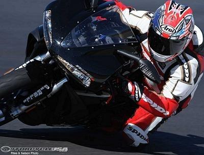 Superbike - Toptwin: La 1125R est aussi un twin qui pousse