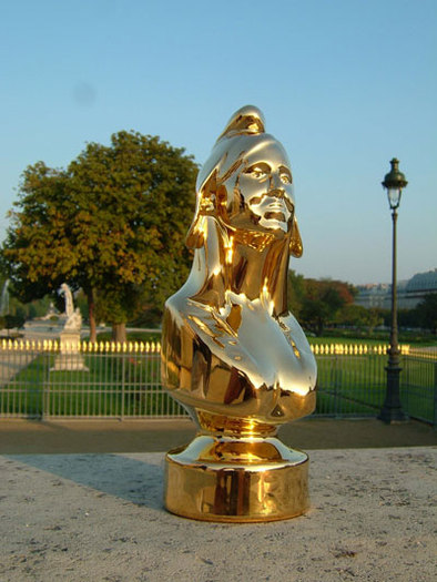 Paris : Bordeaux a reçu une Marianne d'or pour sa politique cyclable