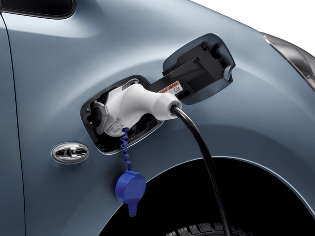 Salon de Genève 2017 - Peugeot Partner électrique: enfin civilisé