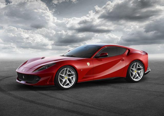Salon de Genève 2017 - Ferrari 812 Superfast: toujours plus
