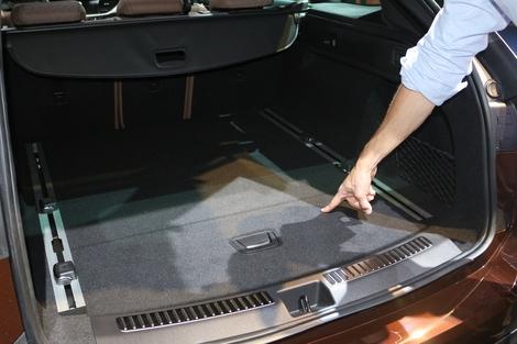 Le volume de coffre (jusqu'à 1 630 litres) est moins important que ses concurrentes directes.
