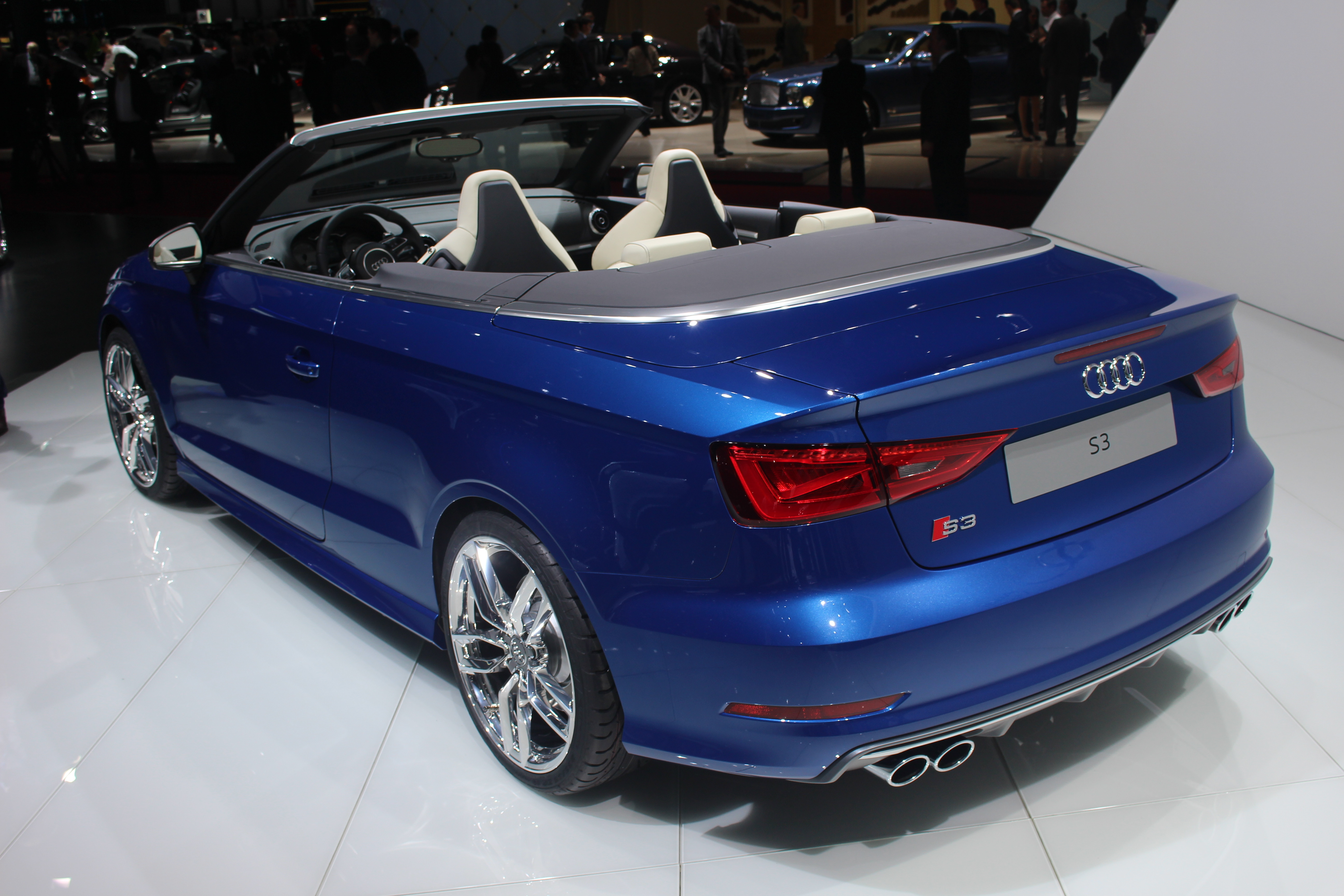 vid o en direct de gen ve 2014 audi s3 cabriolet. Black Bedroom Furniture Sets. Home Design Ideas