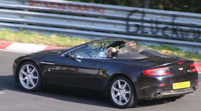 Aston Martin V8 Vantage Roadster: imminente