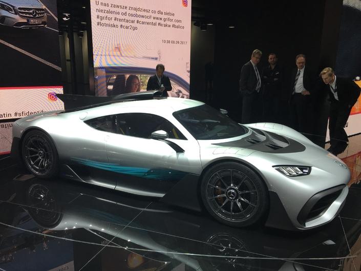 Vidéo - Mercedes-AMG Project One, Ferrari Portofino, Porsche 911 GT2 RS, toutes les supercars du salon de Francfort 2017