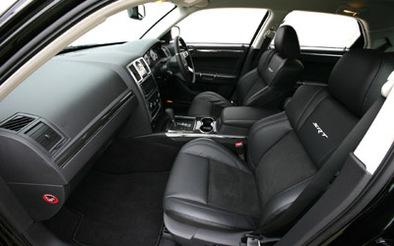 Chrysler 300 SRT et diesel