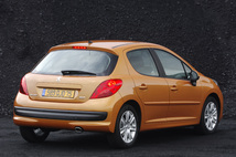 Avant/après : tout savoir sur les restylages de la Peugeot 206