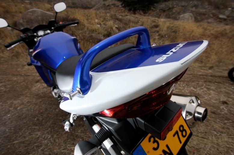Essai comparatif : Suzuki GSXF 650 vs Kawasaki ER-6f