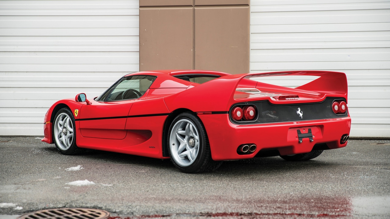 mike tyson vend sa superbe ferrari f50. Black Bedroom Furniture Sets. Home Design Ideas