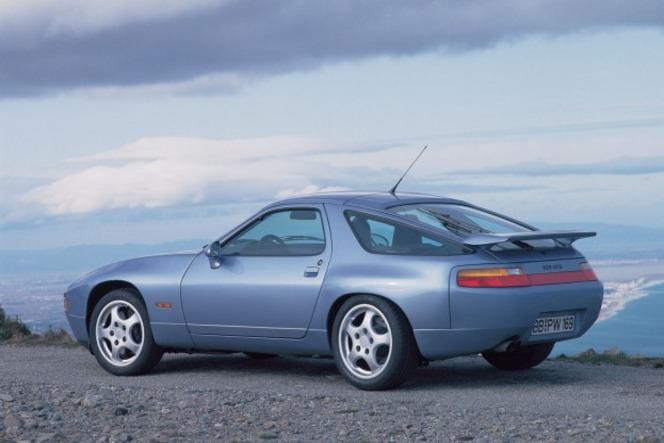 S1-Porsche-928-GTS-Porsche-Airlines-279346