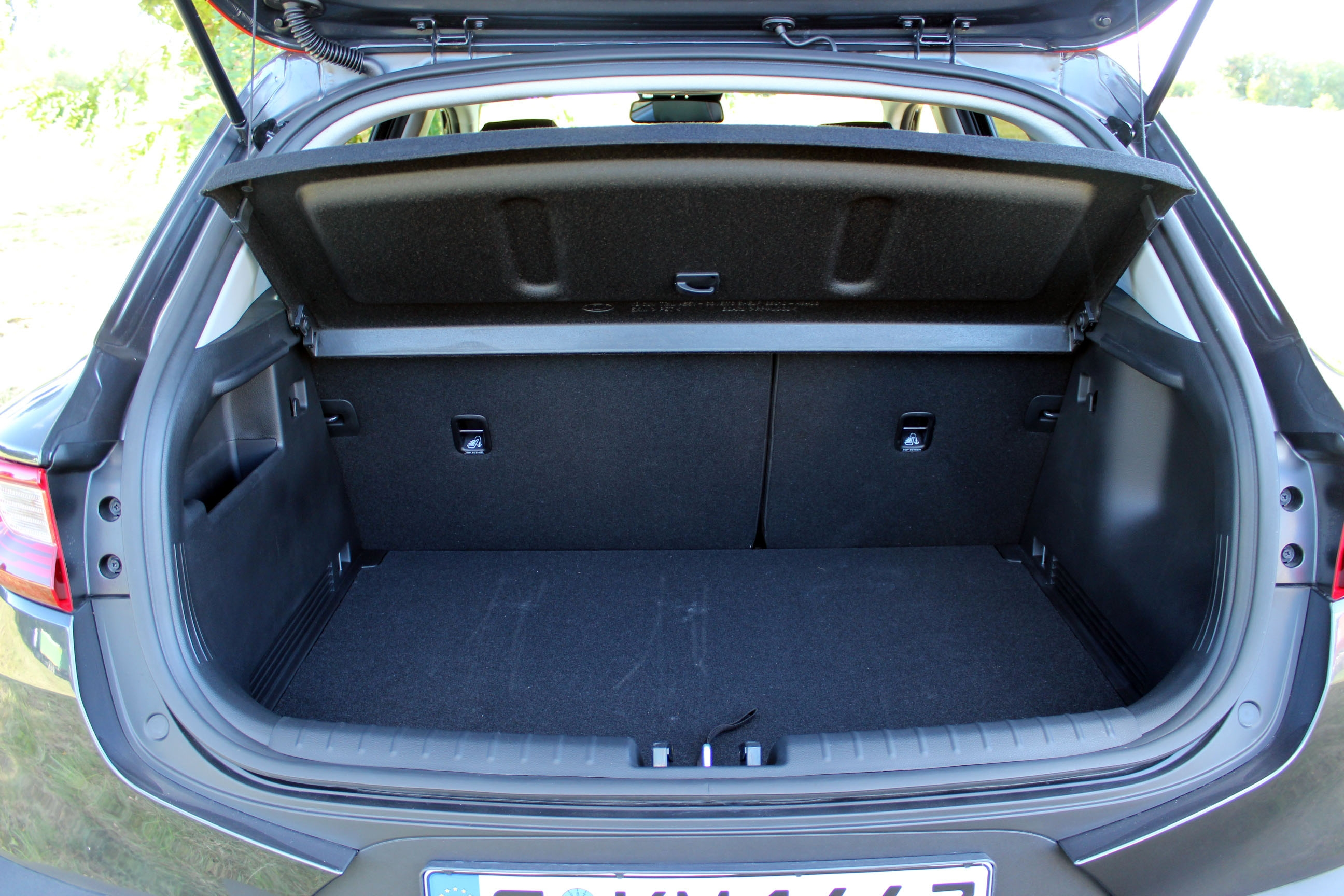 Interieur kia stonic focus sur le design int rieur kia for Interieur kia stonic