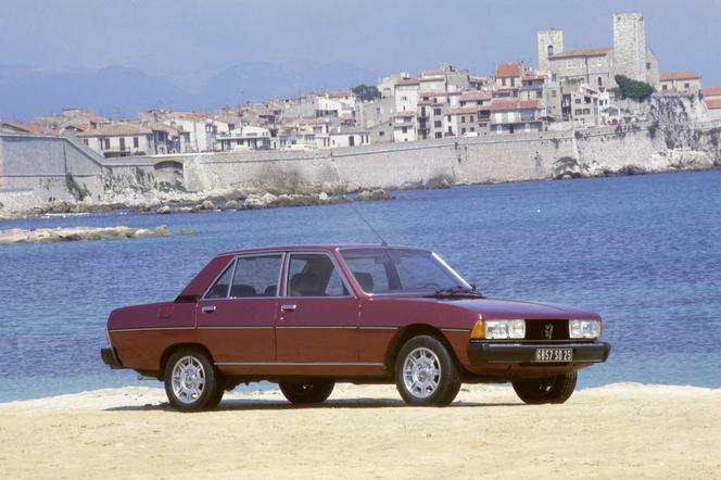 Future Peugeot 608: comme ça?
