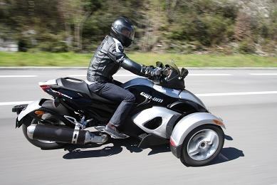 Essai Can-Am Spyder: Le supplice de Tantale (2/3)