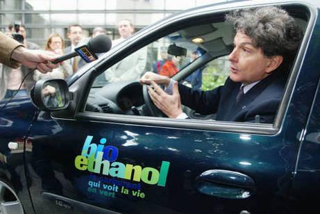 En cette fin d'année, ce n'est pas la fête pour les pompes E85 en France...
