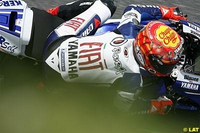Moto GP - Portugal D.2: Lorenzo fait le coup du chapeau