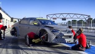 Citroën dévoile son 4ème pilote en WTCC