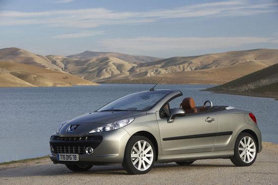 Essai - Peugeot 207 CC : une héritière de poids