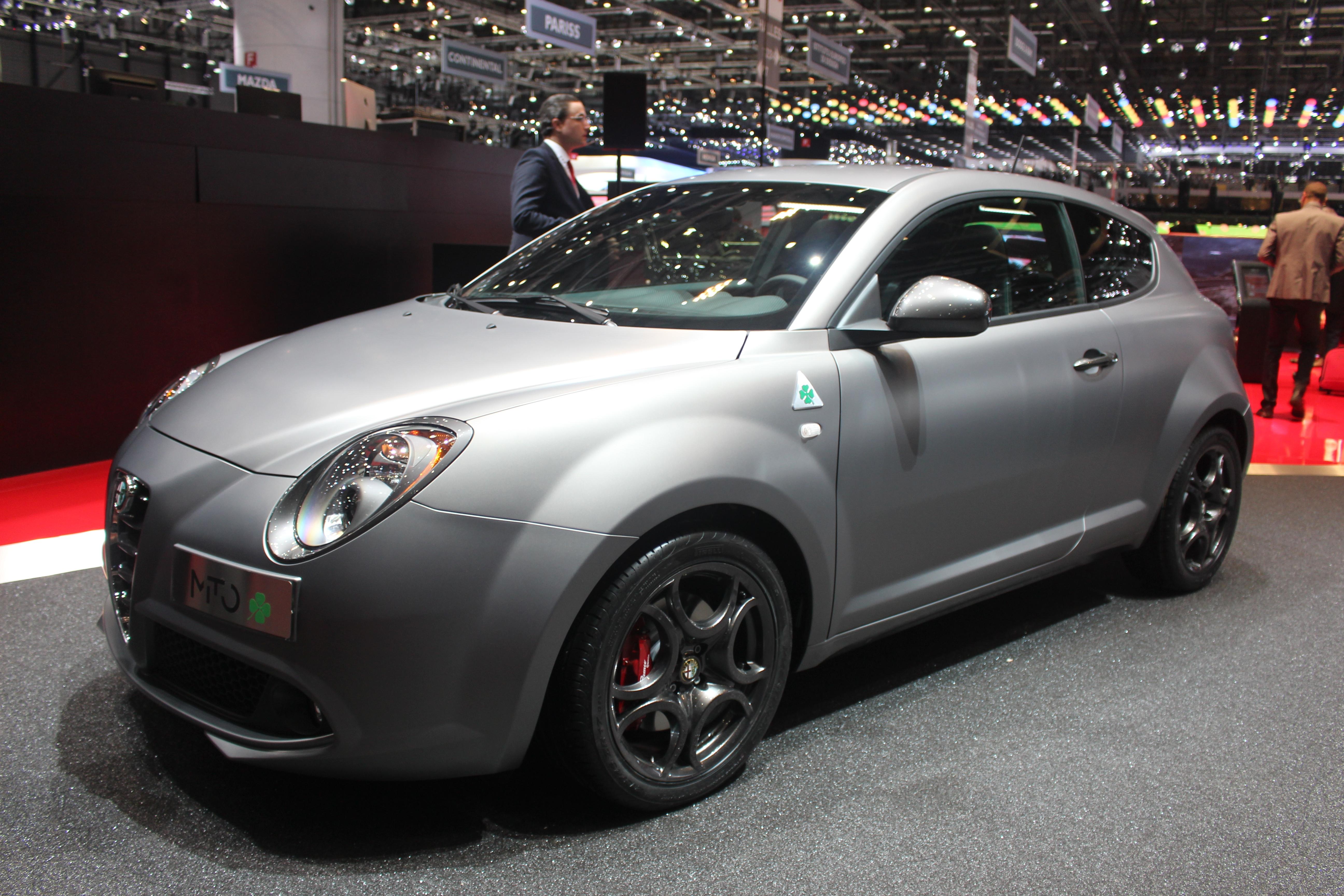 http://images.caradisiac.com/images/2/8/0/8/92808/S0-En-direct-de-Geneve-2014-Alfa-Romeo-Giulietta-et-MiTo-Quadrifoglio-Verde-le-retour-du-trefle-315920.jpg