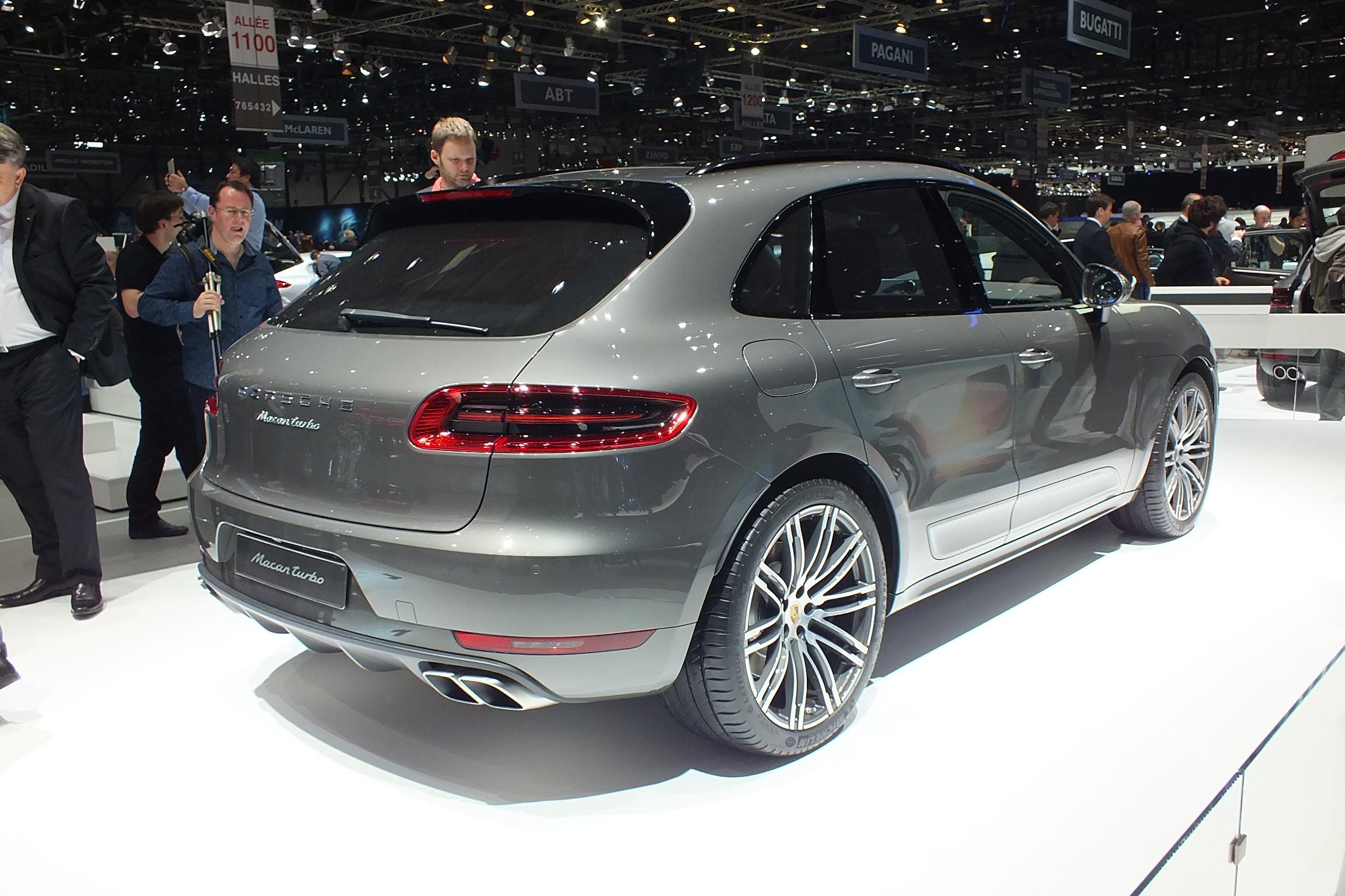 http://images.caradisiac.com/images/2/8/2/2/92822/S0-En-direct-de-Geneve-2014-Porsche-Macan-ambitieux-315984.jpg