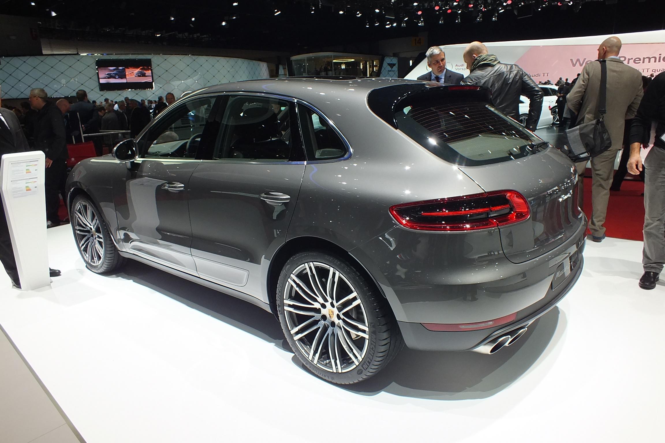 http://images.caradisiac.com/images/2/8/2/2/92822/S0-En-direct-de-Geneve-2014-Porsche-Macan-ambitieux-315997.jpg