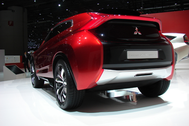 En direct de Genève 2014 - Mitsubishi XR-PHEV Concept: brutal