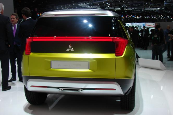 En direct de Genève 2014 - Mitsubishi AR Concept: haut perché