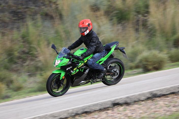 Essai - Kawasaki Ninja 125 - bonus offensif