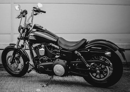 Harley-Davidson: Street Bob Custom Edition Limitée à la française