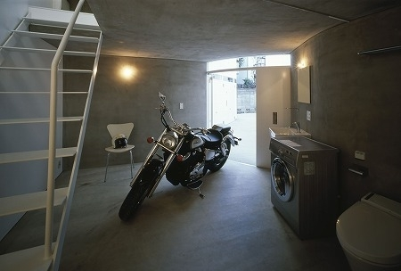 Reportage : un immeuble spécial motards