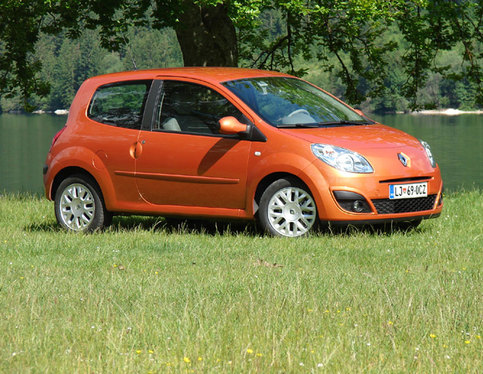 Essai - Renault Twingo 2 (II) : une succession trop lourde ?