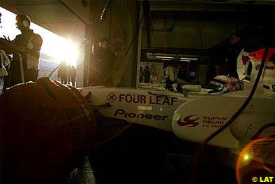 Formule 1 - Test Barcelone: Super Aguri aux abonnés absents