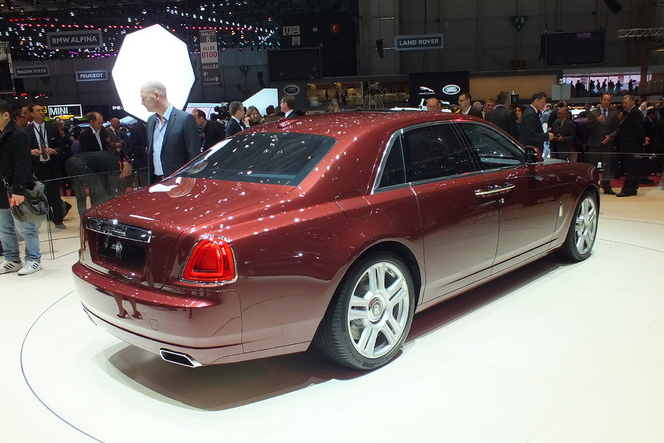 En direct de Genève 2014 - Rolls-Royce Ghost : subtil restylage