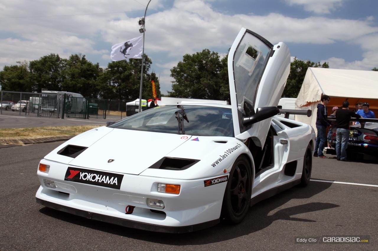 http://images.caradisiac.com/images/2/8/7/1/72871/S0-Photos-du-jour-Lamborghini-Diablo-SVR-Sport-Collection-239496.jpg
