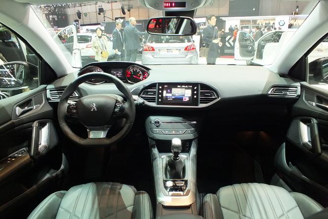 En direct de Genève 2014 - Peugeot 308 SW : break of the year ?
