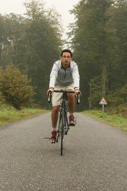 Jean-Gabriel Chelala : un tour du monde écolo en solitaire à vélo et en cyclomer !