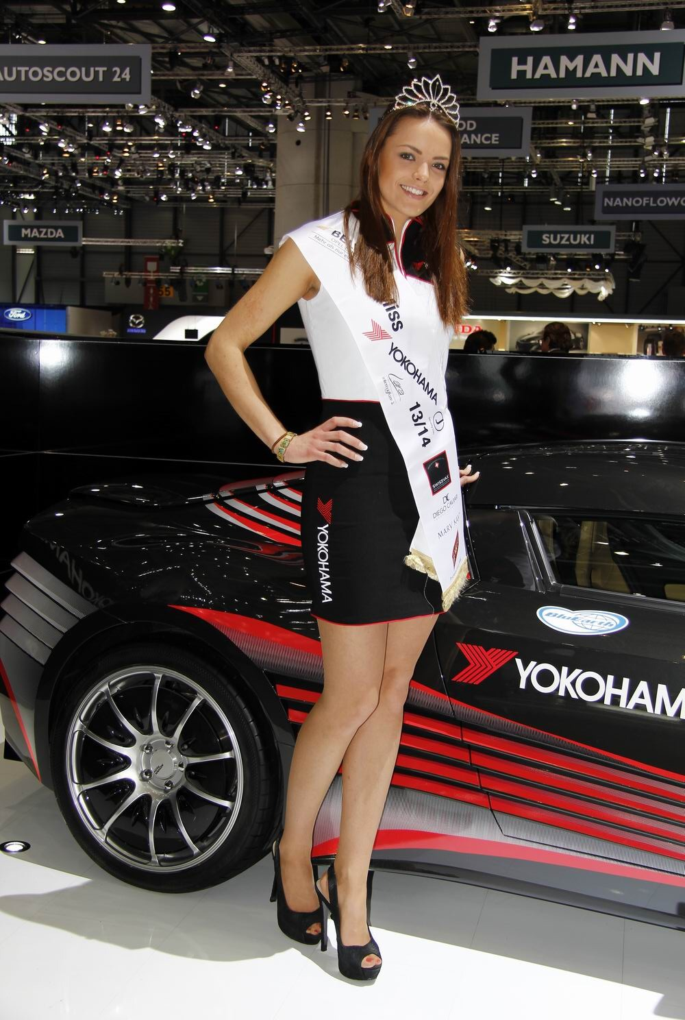 Elisez miss gen ve 2014 10 h tesses d partager for Salon auto hotesse