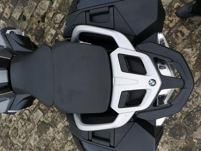 Essai - BMW R1250 RT - Un Boxer sacrément camé! S1-essai-bmw-r1250-rt-un-boxer-sacrement-came-574258